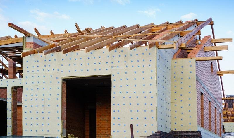 Wer mit energetischen Maßnahmen die Energiewerte der EnEV 2009 möglichst unterbietet, hat die Möglichkeit durch die KfW Förderkredite, Tilgungszuschüsse oder Direktzuschüsse zu erhalten ( Foto: Shutterstock- smspsy )